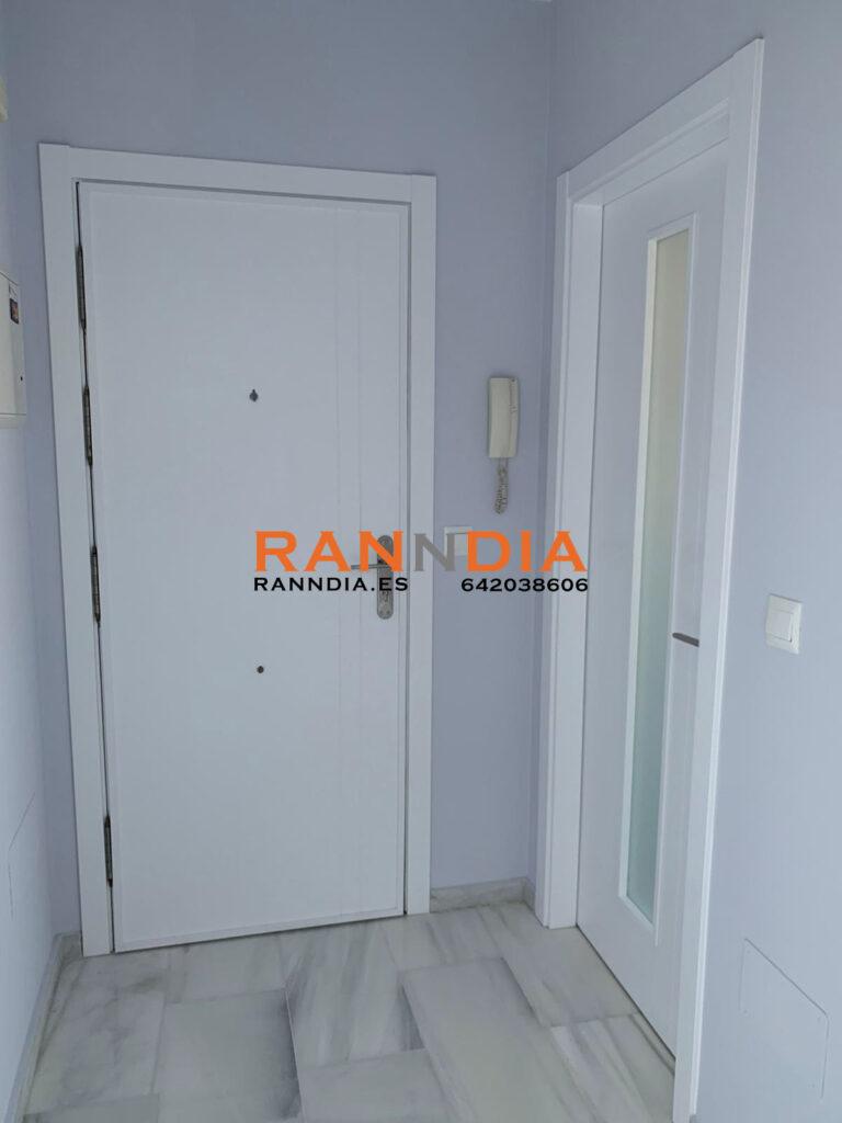 Puertas modernas en Velez Malaga